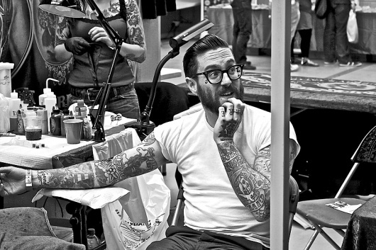 Edlondonphotography - tattoos and the bodies #white #black #photography #tattoos #and