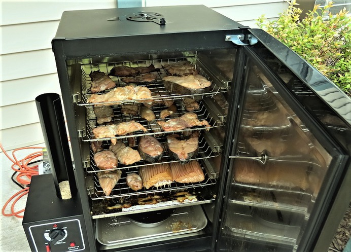 What to Consider When Buying Electric Smokers for Beginners