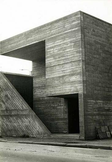 ROLU, rosenlof/lucas, ro/lu (a modern landscape design studio's blog in minneapolis) - News > the minimalist concrete architecture with an honest use #brutalist #concrete #lampens #architecture #juliaan #modernist