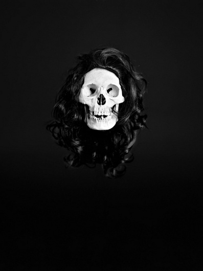 Kunstvandaag #white #black #photography #and #skull