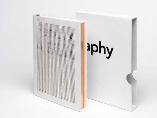 Fencing. A Bibliography : Studio Laucke Siebein #envelope #book
