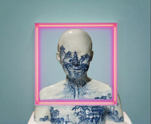 Mixing styles - classic sculpture VS neon #art #installation #neon #dutchpainting