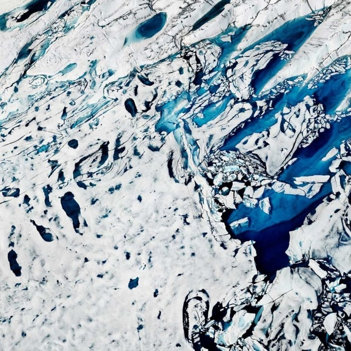 THAW: Timo Lieber Captures The Fragile Beauty of The Melting Arctic Polar Ice Cap