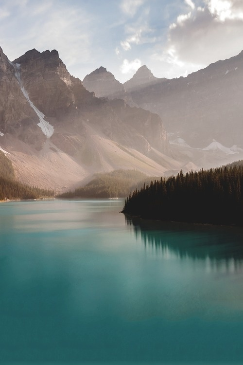 tumblr_msf38munIz1ri4ix8o1_500 #lake #mountains #water
