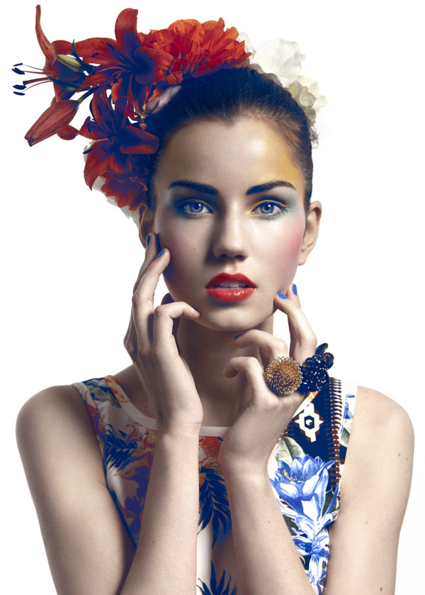 Oriana on Fashion Served #pose #hand