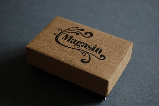 Magasin earring box | Flickr - Photo Sharing! #logotype #packaging #nouveau #art #logo