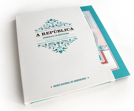 A REPÚBLICA - ETNOGRAFIA DO QUOTIDIANO on the Behance Network #republica #illustration #vintage #folding #editorial #brochure #typography