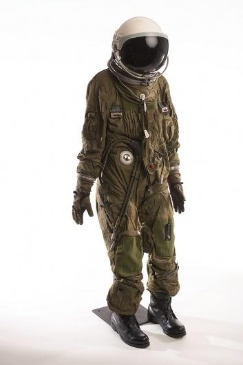 All sizes | U-2 Pressure Suit & Helmet | Flickr - Photo Sharing! #astronaut #retro #space #spaceman #suit