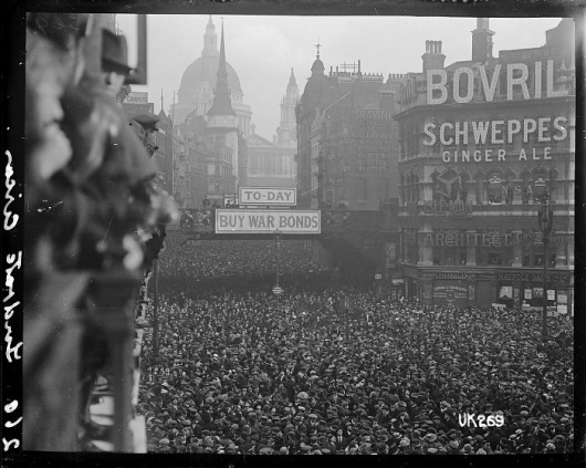 All sizes | Crowd scene at Ludgate Circus, London, after World War I, 1918 | Flickr - Photo Sharing! #bovril #white #london #war #crowd #black #1918 #schweppes #photography #and