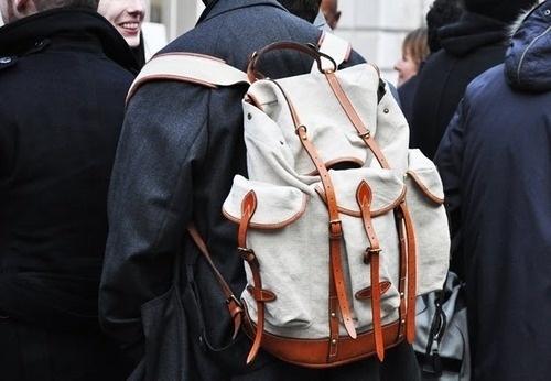 tumblr_l1cs1innBM1qau50i.jpg (JPEG Image, 500x346 pixels) #fashion #backpack #accessories #bags