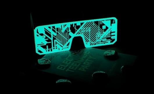 Nördik Impakt 13 — Collector on the Behance Network #glasses #electro #neon #party #in #glow #luminescent #dark #teenage