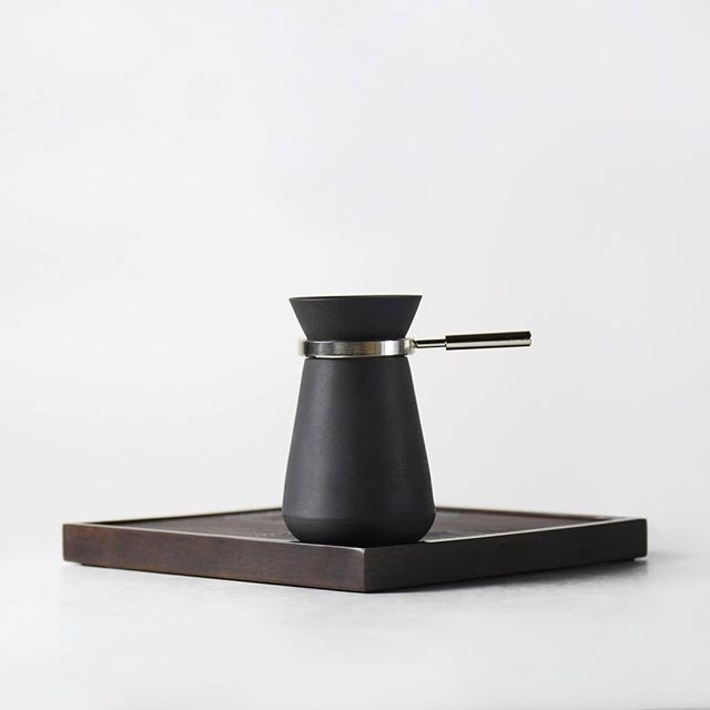 Project HEI: A modern #teapot on #kickstarter from @defront_officialâ € â € .â € .â € .â € .â € .â € #minimalism #minimalistic #productdesig