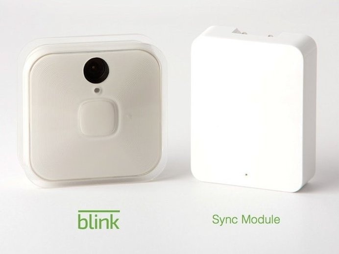 Blink Home Monitoring and Alert System is the first truly wireless home monitoring system, complete with innovative hardware and adaptable f #monitoring #wireless #modern #lifestyle #design #style #home #product #system #industrial #technology