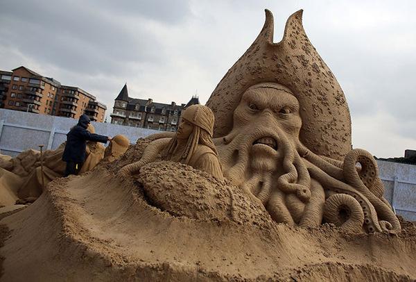 Sand Sculpture Festival in England #sculpture #sand #art