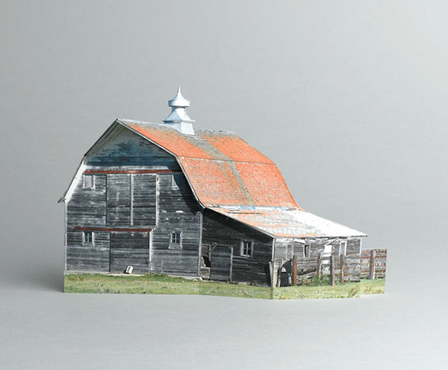 brokenhouses-7 #sculpture #house #art #broken #miniature