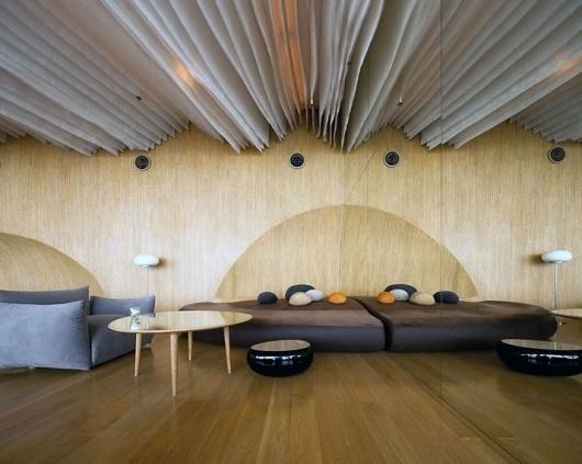 Hilton Pattaya Hotel | Yatzer™ #interior #ceiling #pattaya #furniture #thailand #hilton #hotel