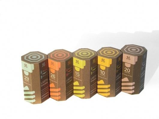 Kevin Kwok - Graphic Designer #packaging #bulb #light #cfl