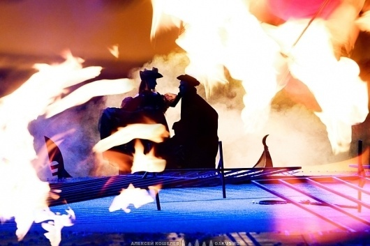 foto_surrealism: Yoga. Театр Тонкого Тела. Взгляд на театральную фотографию #theater #fire #scene