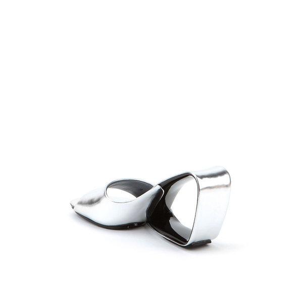 Möbius by Rem D. Koolhaas #minimalist #design #shoe