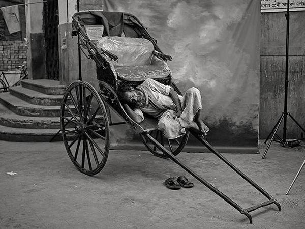 Portraits Of Indias Vanishing Jobs #portraits #india #photography #jobs