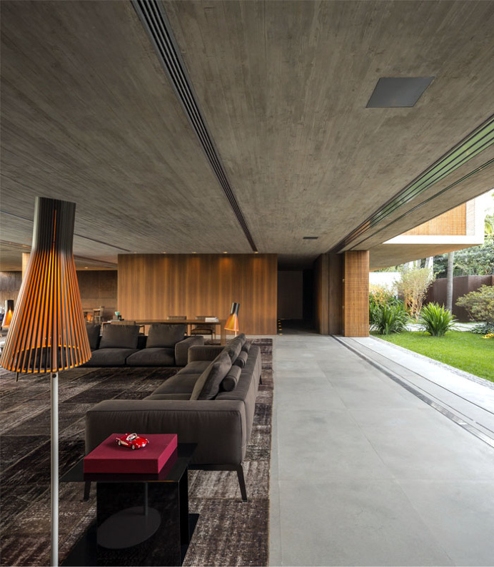 Minimalist P House Made Of Concrete and Wood -#decor, #interior, #homedecor, home decor, interior design