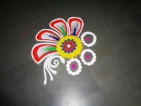 Latest Simple Rangoli Designs For Beginners
