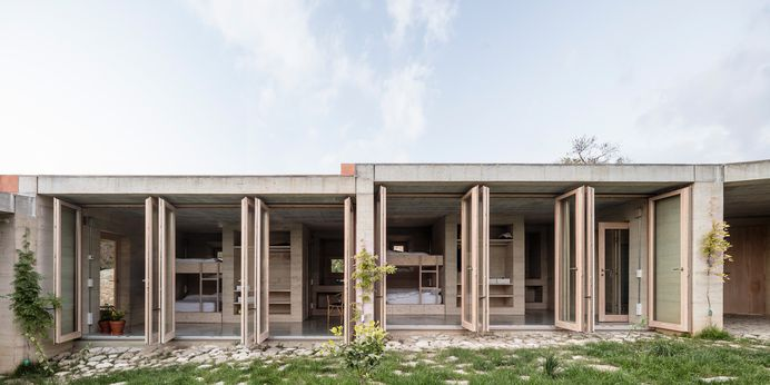 Casa 1413 by HARQUITECTES