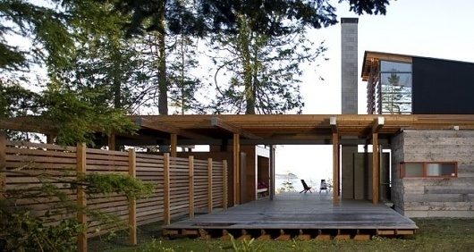 BodegaHouse.jpg 652×348 pixels #deck #fence #architecture #modern