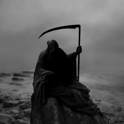 tumblr_lxyn69ijQI1qf3k9uo1_500.jpg (JPEG Image, 500x500 pixels) #photo #photography #death #reaper