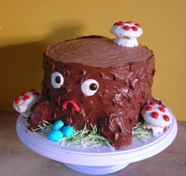 FFFFOUND! | tree stump cake | Flickr - Photo Sharing! #cake