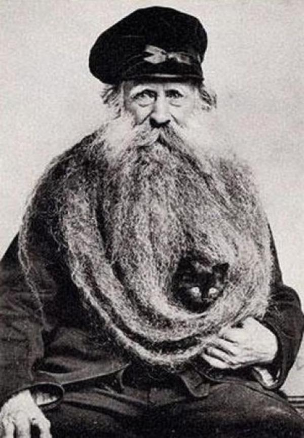 Weird and funny retro photos #photo #beard #retro #cat #portrait #man