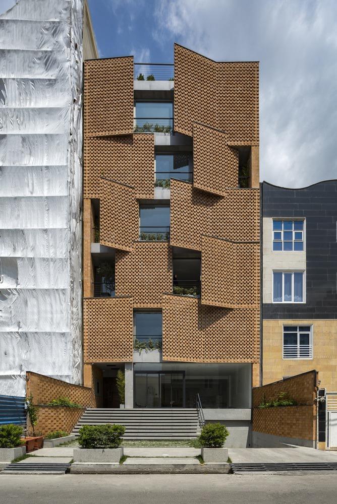 Saadat Abad Residential Building / Mohsen Kazemianfard – fundamental approach architects