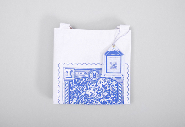Avalance tote #print #design #graphic #identity #blue