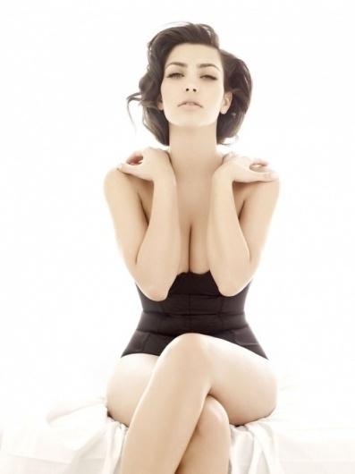 Design Detox — Finally a quality/classy photo of Kim Kardashian,... #photography #kim