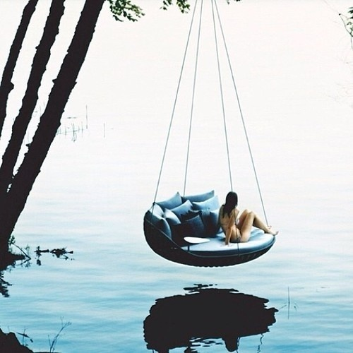 6 Questions to Ask Yourself to Make You a Happier Person #seat #water #vacation #swing #chill