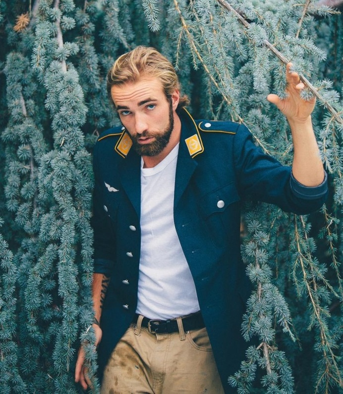Lifestyle Portraits by Tyler Carnahan