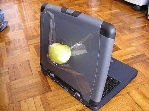 FFFFOUND! | Twitpic - Share photos on Twitter #apple #laptop