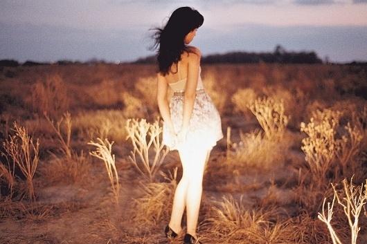 Girl in Field #model #photography #fashion #lichtenstein #tamara