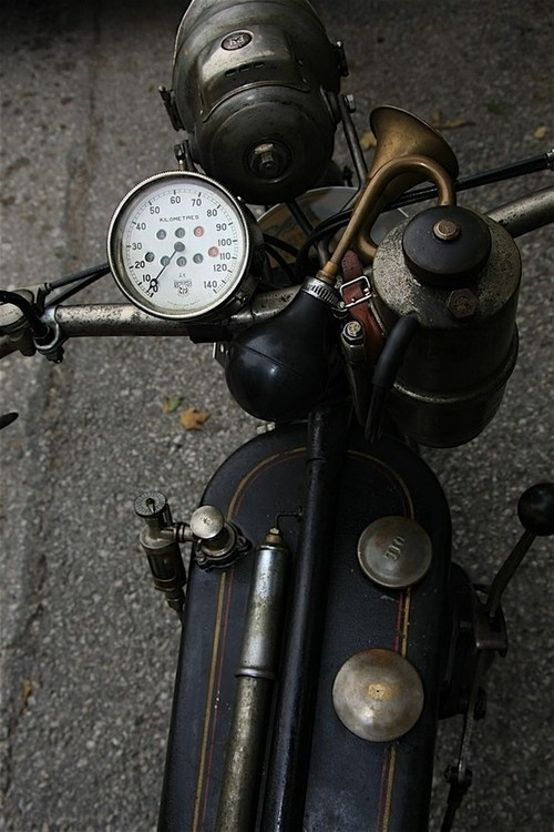 I'm Not Wordy™ #photography #motorcycle