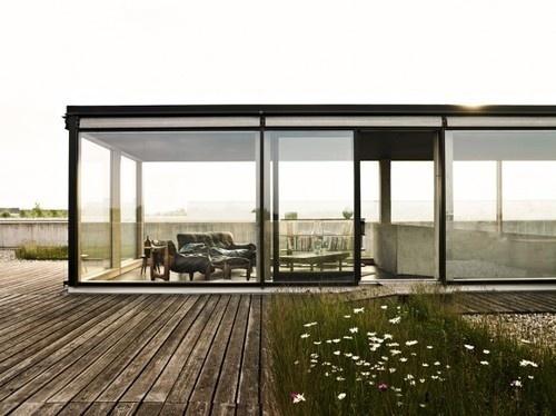 tinadiggsit:(via Japanese Trash Part 13) #architecture #house #modern