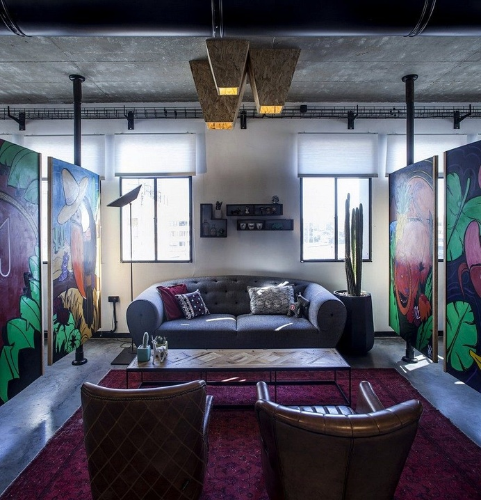 Unconventional Office Space by Roy David Studio 1
