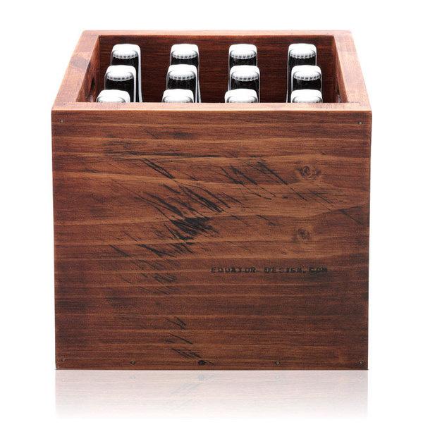 11_28_12_equatorbeer_6.jpg #beer #equator #packaging #box #wood