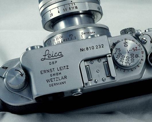 WorkingImages011aa.jpg 1100×888 pixels #camera #leica #controls #dials
