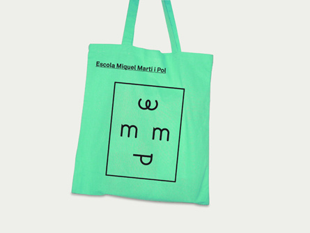 Andrés Requena #andres #shopping #design #graphic #bag #requena #green