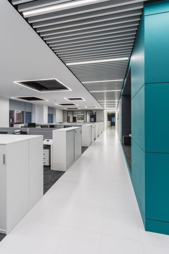 Imagen 4 de 33 de la galería de Oficina RD Construction / IND Architects. Fotografía de Alexey Zarodov