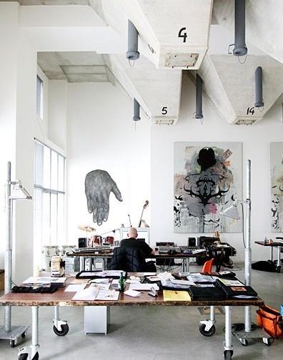1_tumblrlh0wx7bw2y1qamm7n.png (396×505) #interior #workplace #studio