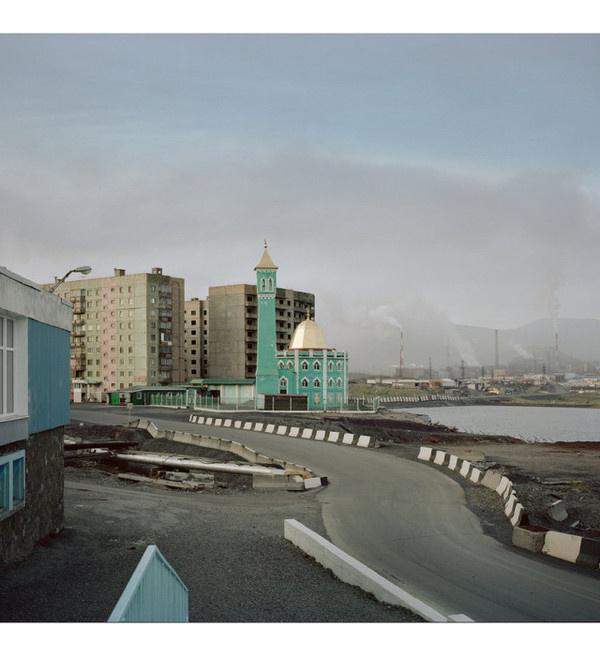 Photography by Alexander Gronsky #inspration #photography #art
