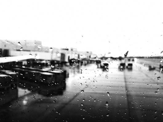 OHMYZOD! #iphone #rain #bw