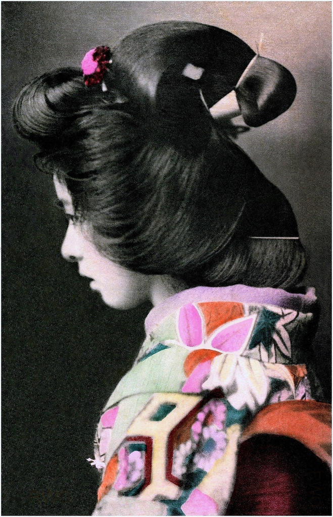 A PRETTY PROFILE FROM OLD JAPAN | Flickr - Photo Sharing! #profile #woman #girl #kimono #asia #hair #culture #photography #geisha #vintage #oriental #japan #beauty
