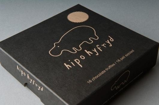 Hipo Hyfryd - Award Winning Packaging Design - Kutchibok #packaging #design #graphic #black #identity #minimal #logo